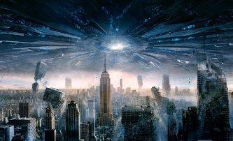 Den nezávislosti 2: Režisér Emmerich přiznává, že natočit dvojku byla nakonec chyba | Fandíme filmu