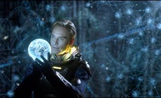 Set My Heart to Five: Ve sci-fi Edgara Wrighta android zkusí přesvědčit lidstvo, že má právo na emoce | Fandíme filmu