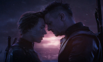 Avengers: Endgame: V alternativní verzi se místo Black Widow obětoval Hawkeye | Fandíme filmu