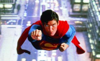 Superman se stal průkopníkem v archivování filmů na futuristických discích ze skla | Fandíme filmu