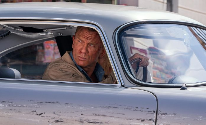 Není čas zemřít: Bond se svého odvážného termínu nehodlá vzdát   Fandíme filmu