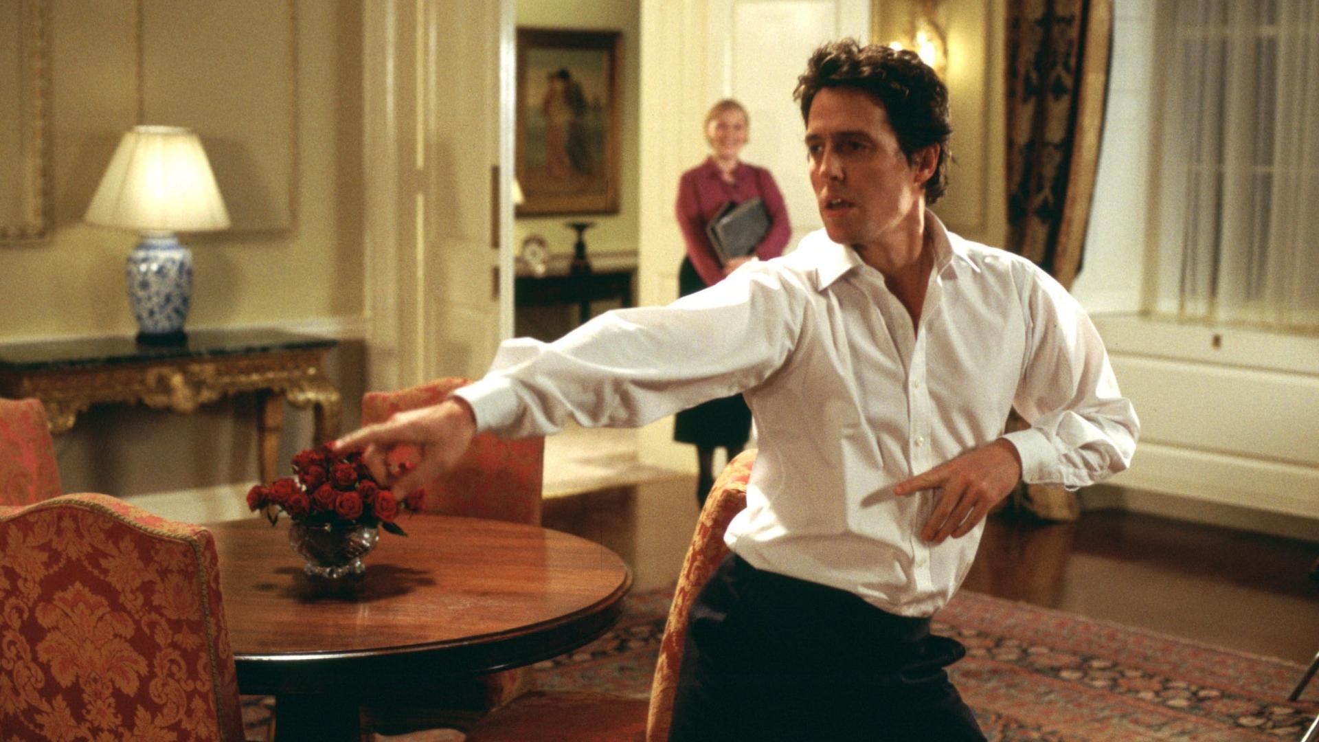 Láska nebeská: Natáčení nezapomenutelného tanečního čísla bylo podle Hugh Granta peklo | Fandíme filmu