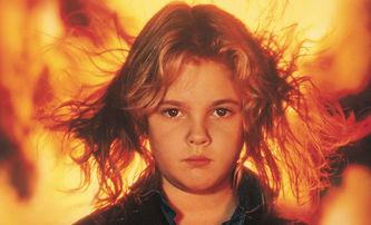 Ohnivé oči: Remake thrilleru o holčičce pyromance má nového režiséra | Fandíme filmu