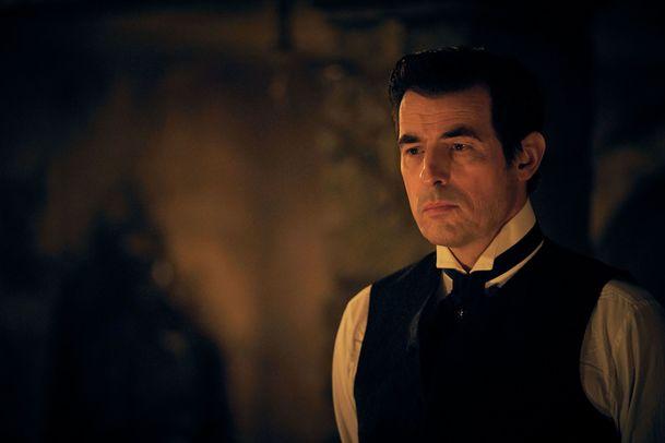 Dracula: Známý upír se podívá do futuristického sci-fi westernu   Fandíme filmu