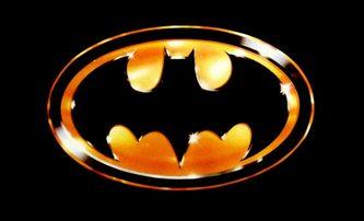 Batman Beyond: V nikdy nerealizovaném filmu měl hrát hrdinu Clint Eastwood | Fandíme filmu