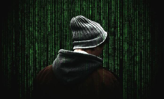 CURS_R: Ridley Scott dohlédne na thriller, který se točí kolem staré počítačové hry | Fandíme seriálům