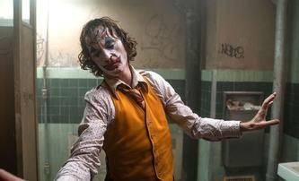 Joker: Tvůrci vysvětlují klíčové momenty od úvodu až po nejednoznačný závěr | Fandíme filmu