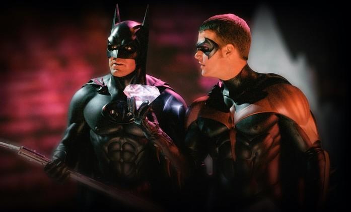 Batman a Robin: Režisér přísahá, že jeho hrdinové nejsou tajně gay   Fandíme filmu