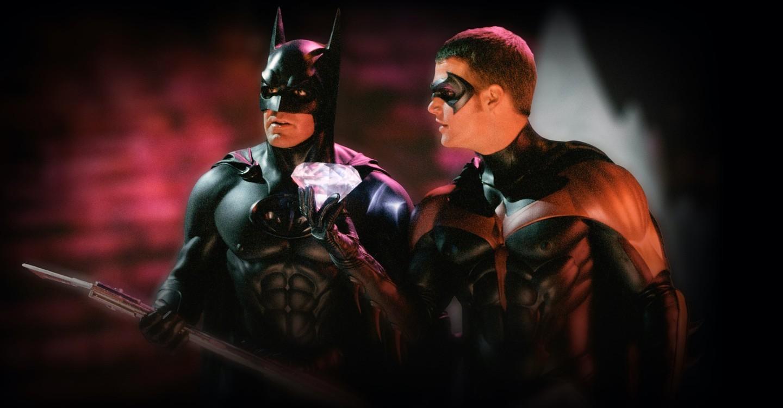 Batman a Robin: Režisér přísahá, že jeho hrdinové nejsou tajně gay | Fandíme filmu