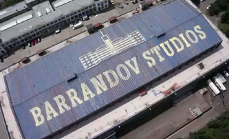 Ve filmových ateliérech na Barrandově hořelo | Fandíme filmu