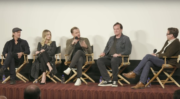 Tenkrát v Hollywoodu: Pusťte si půlhodinový dokument o natáčení Tarantinovy pecky   Fandíme filmu