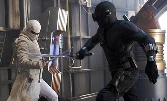 Snake Eyes: G.I. Joe Origins slibuje reálné souboje, jejichž natáčení poranilo hlavní hvězdu | Fandíme filmu