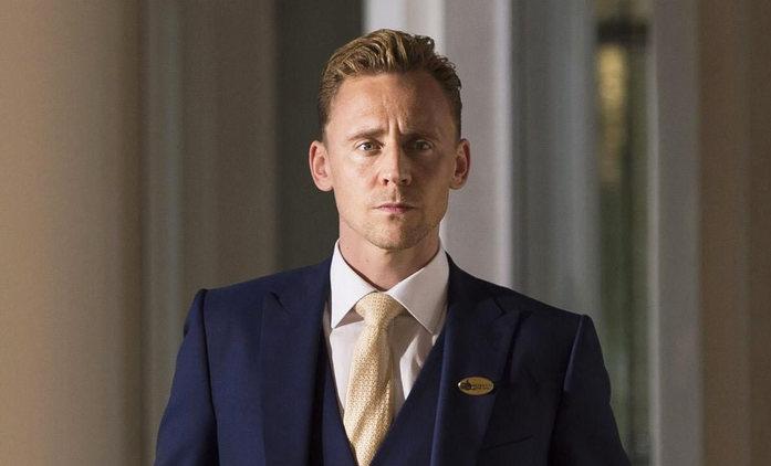 White Stork: Tom Hiddleston si v nové sérii zahraje politika, kterého ohrožuje jeho temná minulost   Fandíme seriálům