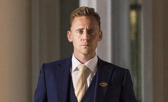 White Stork: Tom Hiddleston si v nové sérii zahraje politika, kterého ohrožuje jeho temná minulost   Fandíme filmu