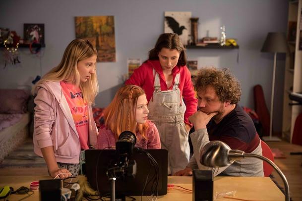 Recenze: V síti - dokument o internetových predátorech je silná káva   Fandíme filmu