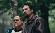 Bludné kruhy: Ambiciózní minisérie s Markem Ruffalem v roli dvojčat v prvním traileru | Fandíme filmu