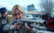 Jennifer Lawrence s manželem zpacifikovali ženu, co jim vtrhla domů | Fandíme filmu