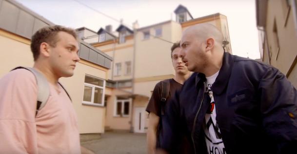 Párty Hárd: Kultovní nekorektní komedie od Řezníka zdarma ke zhlédnutí | Fandíme filmu