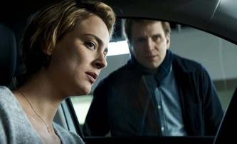 Blast: Matka se synem jsou v napínavém thrilleru uvězněni v zaminovaném autě   Fandíme filmu