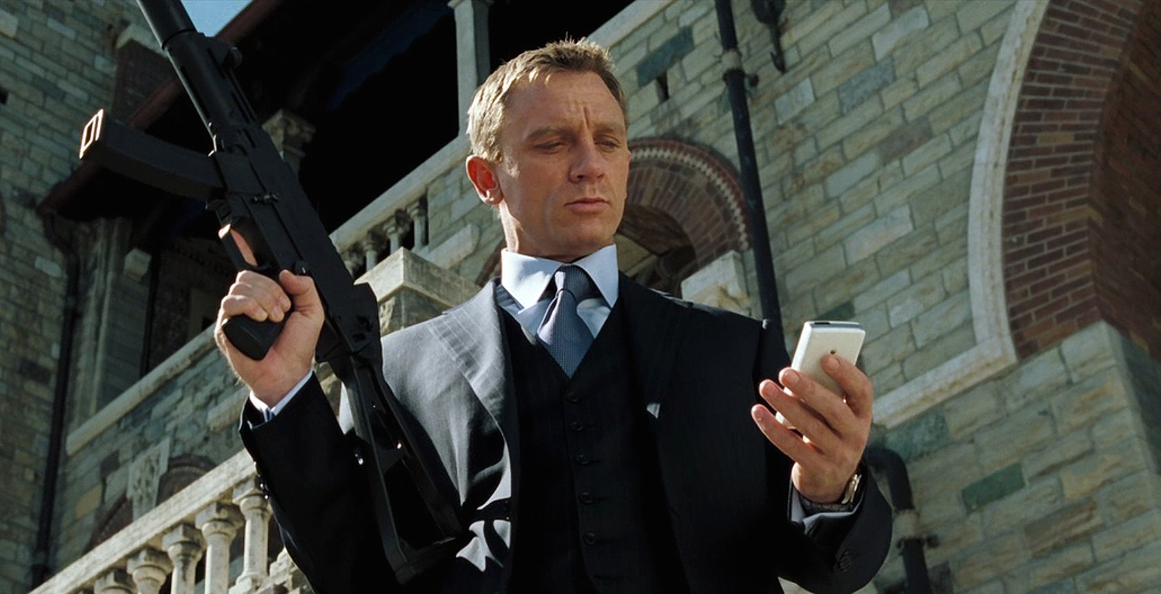 Casino Royale: Původně se počítalo s Brosnanem, točit mohl Tarantino | Fandíme filmu
