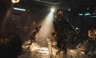 Peninsula: Trailer na sequel hororu Vlaku do Busanu ukazuje postapokalyptickou Koreu | Fandíme filmu