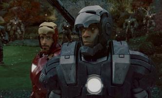 War Machine: Na kolik Marvel filmů podepsal Don Cheadle smlouvu | Fandíme filmu