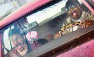 Bad Trip: Kříženec Borata a Jackass odhaluje v trailerech šokující kousky   Fandíme filmu