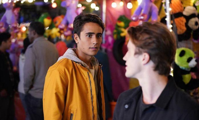 První dojmy: Love, Victor - Spin-off k filmu Já, Simon má srdce, ale až příliš se bojí riskovat | Fandíme seriálům