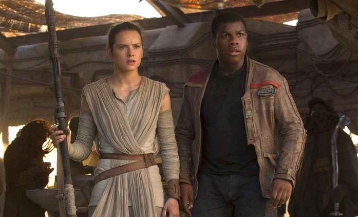 Star Wars: Daisy Ridley a John Boyega o tom, jak se potýkají se slabě přijatým Vzestupem Skywalkera | Fandíme filmu