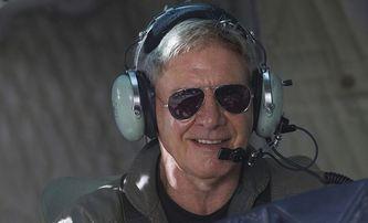Nadšený pilot Harrison Ford je vyšetřován pro letištní incident | Fandíme filmu