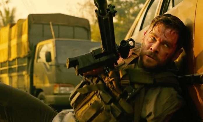 Vyproštění 2: Chris Hemsworth se vrací do zbraně v prvním teaseru   Fandíme filmu