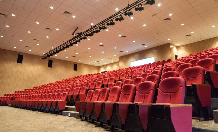 Podle analytiků se kina plně zmátoří v roce 2023 | Fandíme filmu