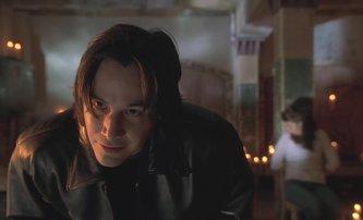 Sleduje tě vrah: Keanu Reeves v mizerném filmu hrál, protože ho podvedli | Fandíme filmu