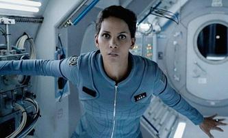 Moonfall: Srážku Měsíce se Zemí se pokusí odvrátit i Halle Berry | Fandíme filmu