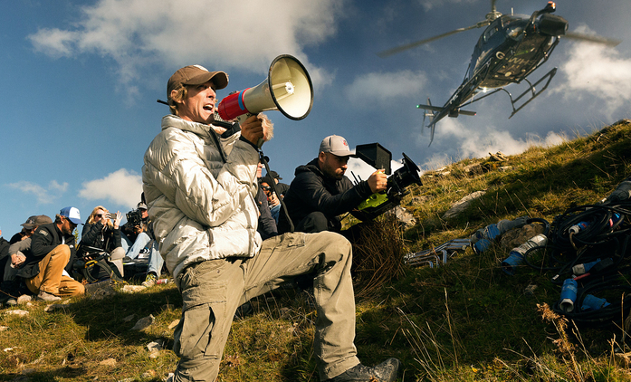 Armored: Michael Bay dohlíží na nový akční thriller ze světa mexických kartelů | Fandíme filmu