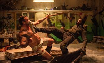 První dojmy: Gangs of London - Žhavý kandidát na nejlepší akční sérii posledních několika let | Fandíme seriálům
