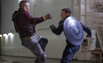 Captain America: Návrat prvního Avengera měl původně začínat ve druhé světové válce | Fandíme filmu