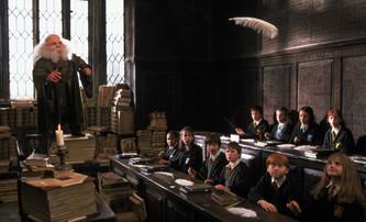 Harry Potter: Proč profesor Flitwick ve třetím filmu vypadal tak jinak   Fandíme filmu