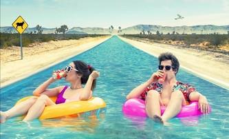 Palm Springs: Fenomén časové smyčky se vrací v čistě komediálním provedení | Fandíme filmu