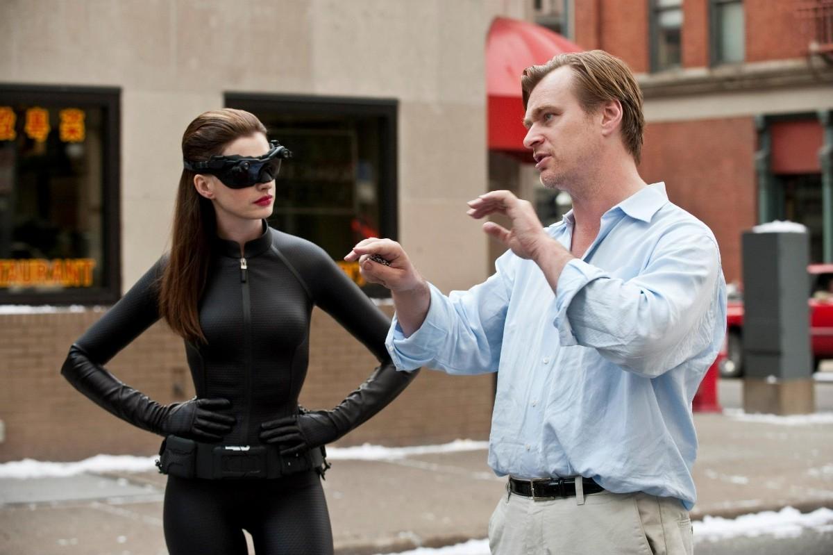 Anna Hathaway prozradila, proč netoleruje Christopher Nolan na place židle | Fandíme filmu
