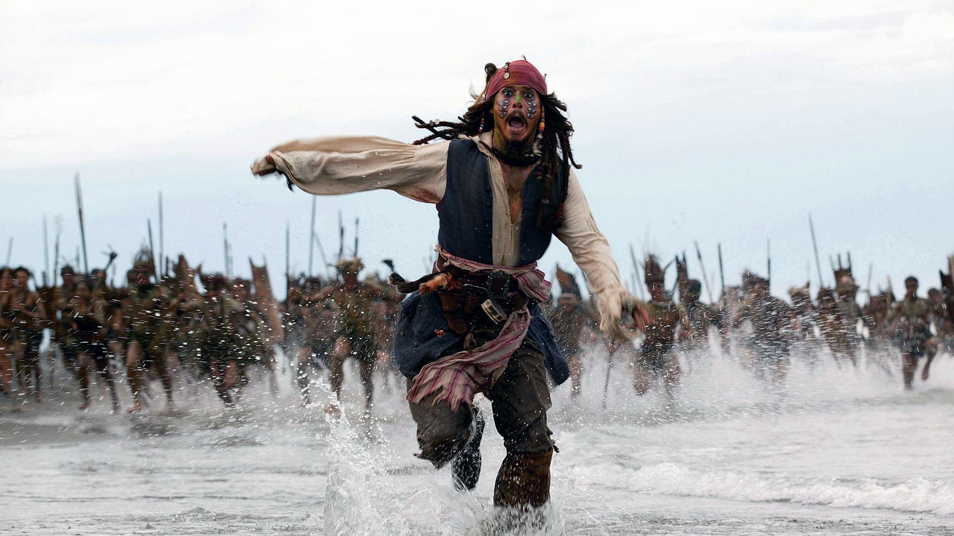 Piráti z Karibiku: Johnny Depp skončil i jako Jack Sparrow | Fandíme filmu