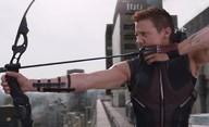 Hawkeye: Kostýmy, zbraně a tvrdá makačka na nových fotkách | Fandíme filmu