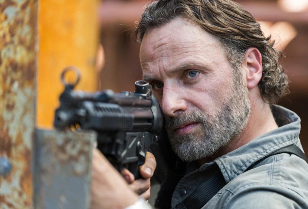 Živí mrtví: Scenárista přirovnává snímek o Ricku Grimesovi k Loganovi | Fandíme filmu
