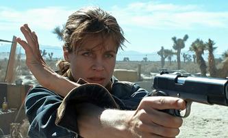Terminátor 3: Proč se nevrátila Linda Hamilton jako Sarah Connor | Fandíme filmu