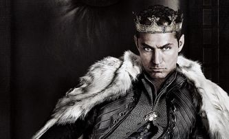 Bleskovky: Jude Law bude zlotřilý kapitán Hook | Fandíme filmu