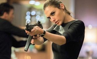 Představitelka Wonder Woman Gal Gadot se pustí do špionáže | Fandíme filmu
