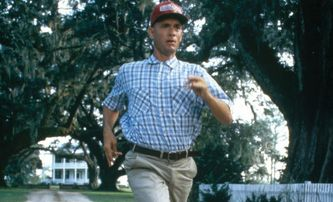 Forrest Gump: Tom Hanks musel zaplatit natáčení legendární scény ze své kapsy | Fandíme filmu