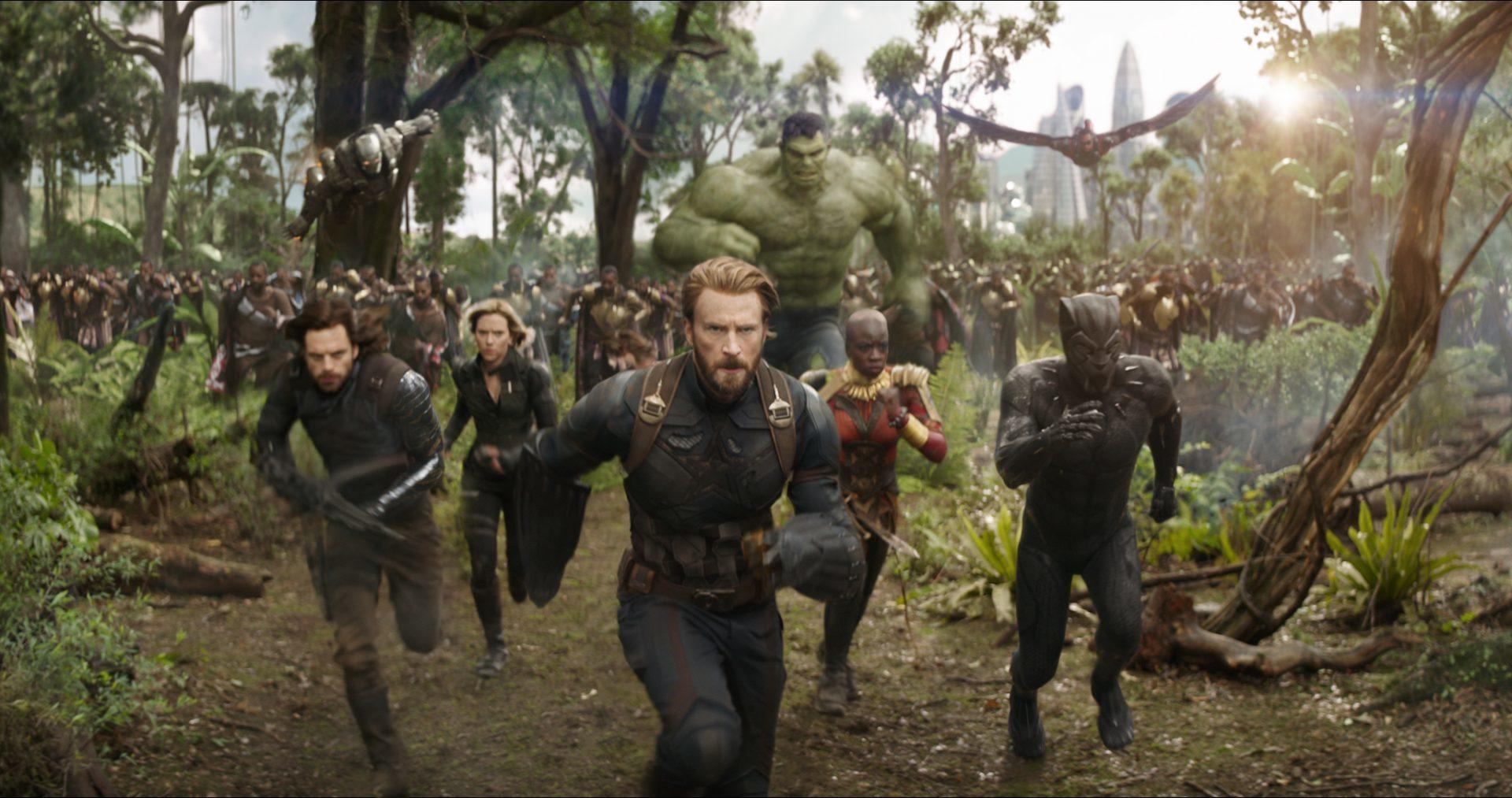 Avengers: Infinity War: Vystřižená scéna s inteligentním Hulkem a další videa | Fandíme filmu