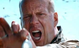 Killing Field: Na Bruce Willise čeká střet zločinců s policií na odlehlé farmě | Fandíme filmu