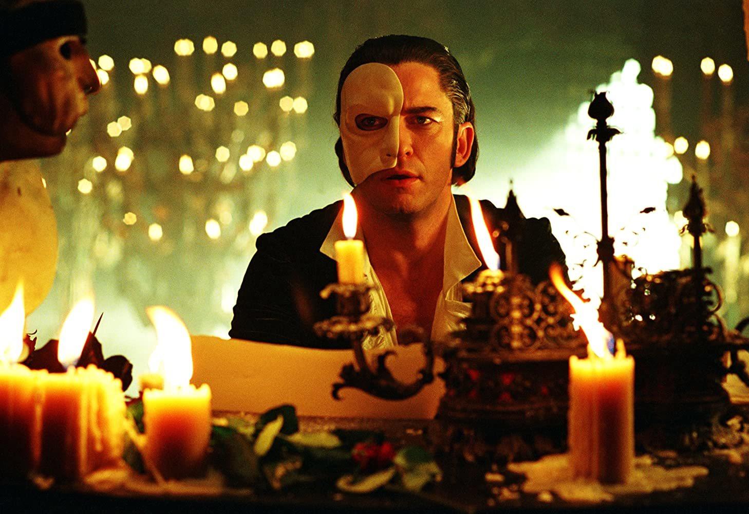 Fantom opery: Znetvořený hudební génius se vrátí v televizní minisérii | Fandíme filmu